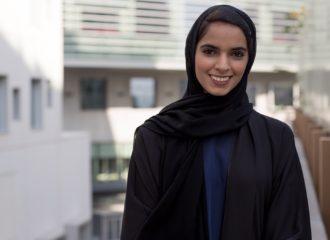 اماراتية وكندي يحصلان على منحة في اكسفورد