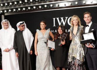 السعودية هيفاء المنصور تفوز بجائزة أي دبليو سي للمخرجين