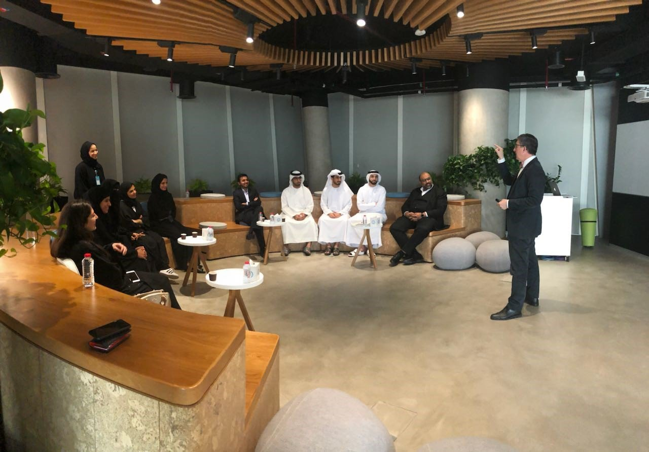 دبي الذكية تطلق للاماراتيين برنامج لتأهيل خبراء بناء المدن الذكية
