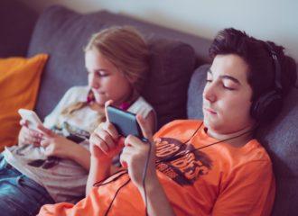 تسارع انتشار الألعاب الأجهزة المحمولةيجذب المعلنين