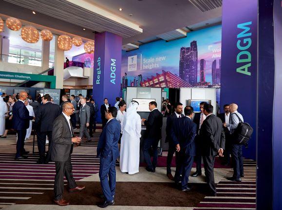 انطلاق قمة فينتك أبوظبي بمشاركة 300 شركة ناشئة