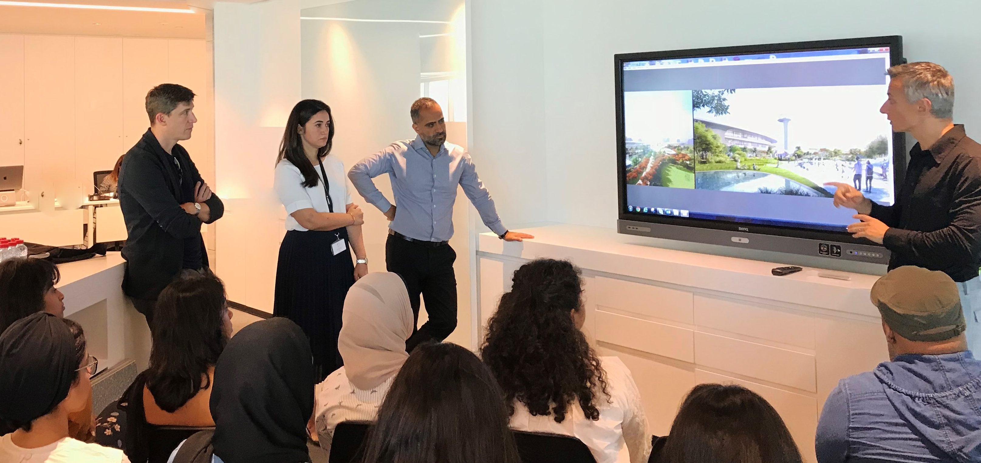 طلاب من الجامعة الأمريكية في الشارقة يشاركون بتصميم جناح الجادة أحد مشاريع آراد