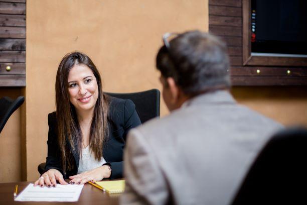 مكتب محاماة في الامارات خدمات قانونية مجانية