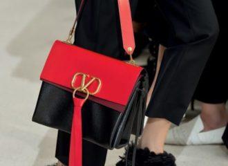 حقائب فالنتينو الجديدة كلاسيكية بحلة عصرية