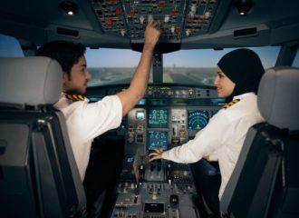 """أكاديمية """"الاتحاد لتدريب الطيران"""" تدرب طيارين من 40 شركة عالمية"""