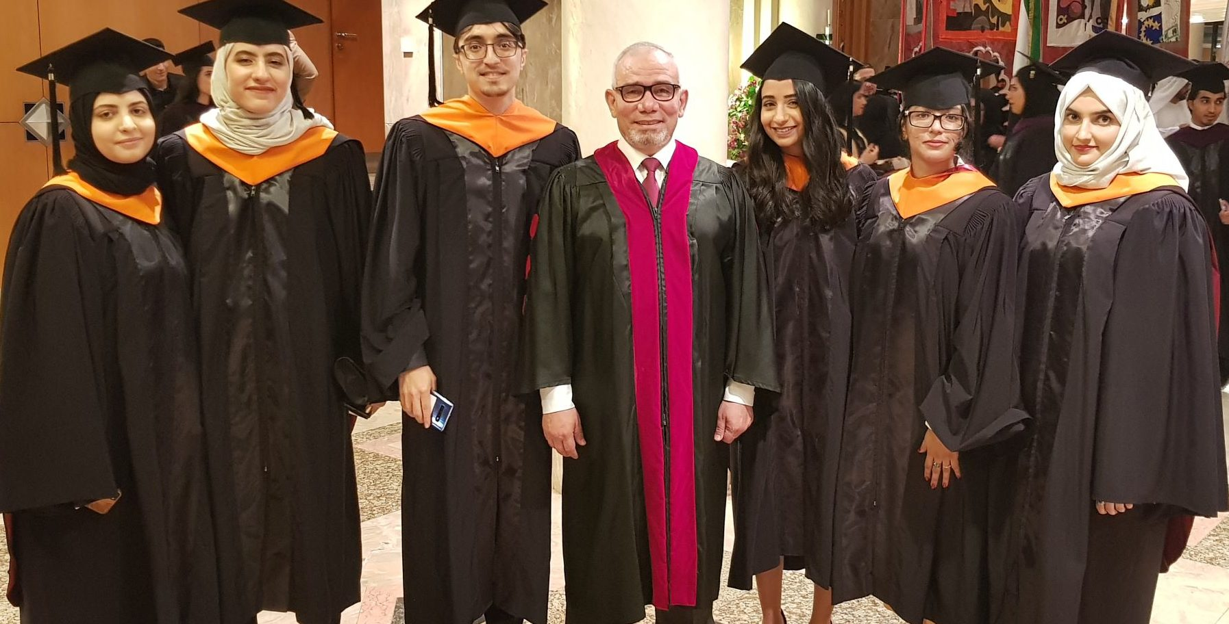 تخريج أول دفعة من برنامج الماجستير في العلوم الطبية الحيوية في الجامعة الأميركية في الشارقة