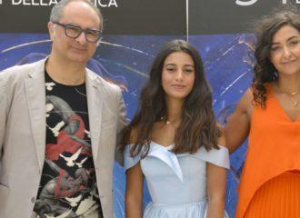"""مخرجة سعودية تفوز بجائزة """"فيرونا"""" من مهرجان البندقية السينمائي"""