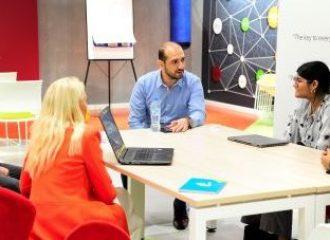 جامعة أبوظبي تطلق برنامج لمشاريع الشباب المبتكرة