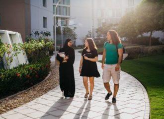 جامعة نيويورك أبوظبي تطلق برنامجين ماجستير في الاقتصاد والفنون الجميلة